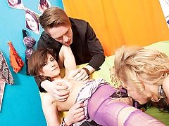 Torrid ladies in g/g bang-out and getting off
